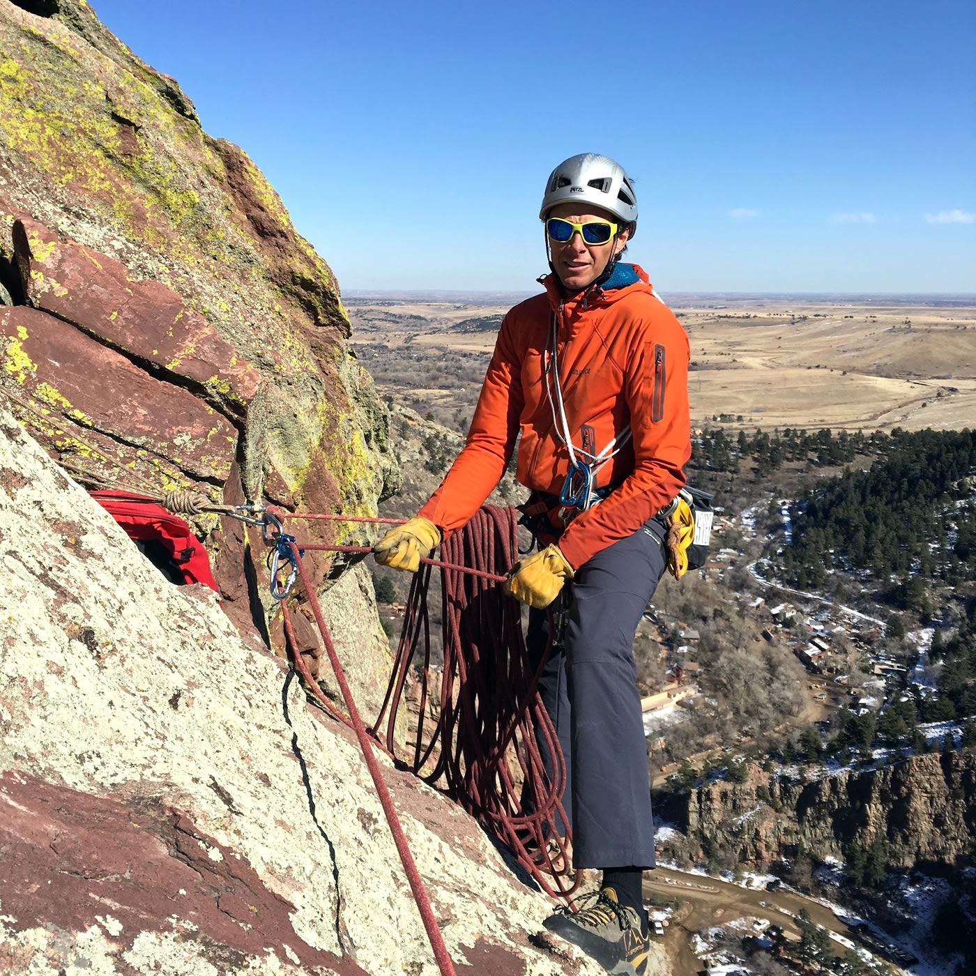 Mike Lewis guides Anthill Direct (5.9-) in Eldorado Canyon, Colorado, using the DMM Pivot belay device [Photo] Peter Braam