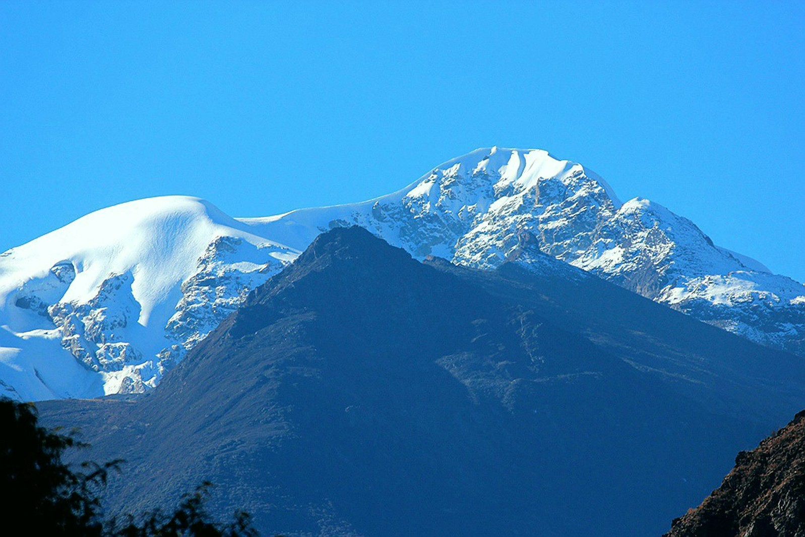 Unknown 5906-meter peak, north face, eastern end of Bobonung massif. [Photo] Tom Nakamura