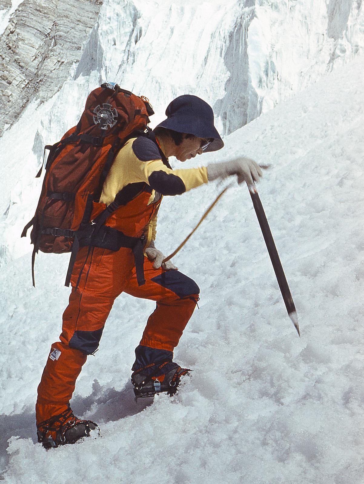 Junko Tabei climbs Somoni Peak (7495m), formerly known as Communism Peak, in 1985. [Photo] Jaan Kunnap