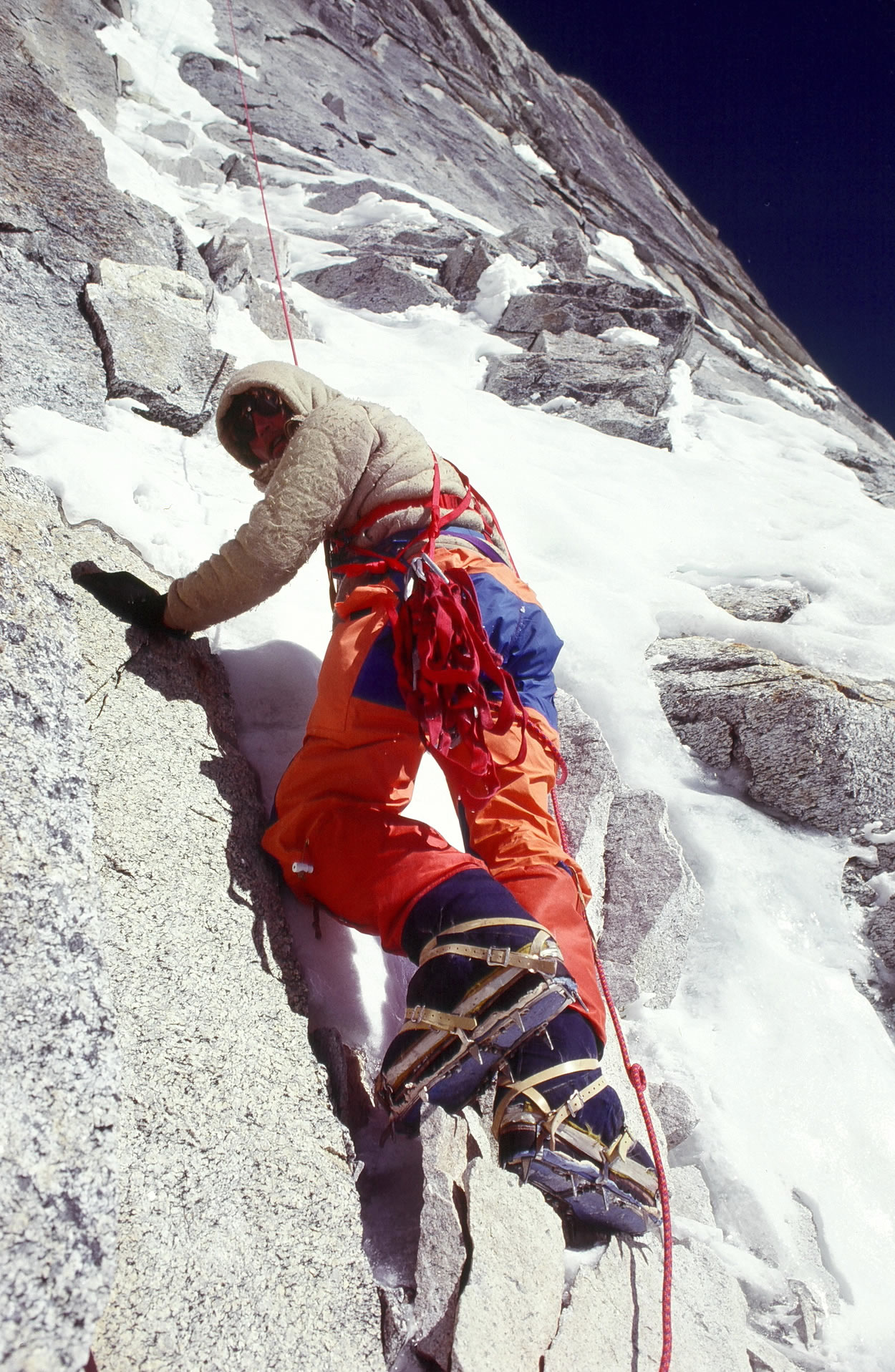 Kim Schmitz on the Ice Hose pitch Gaurishankar West Face 1979. [Photo] John Roskelley