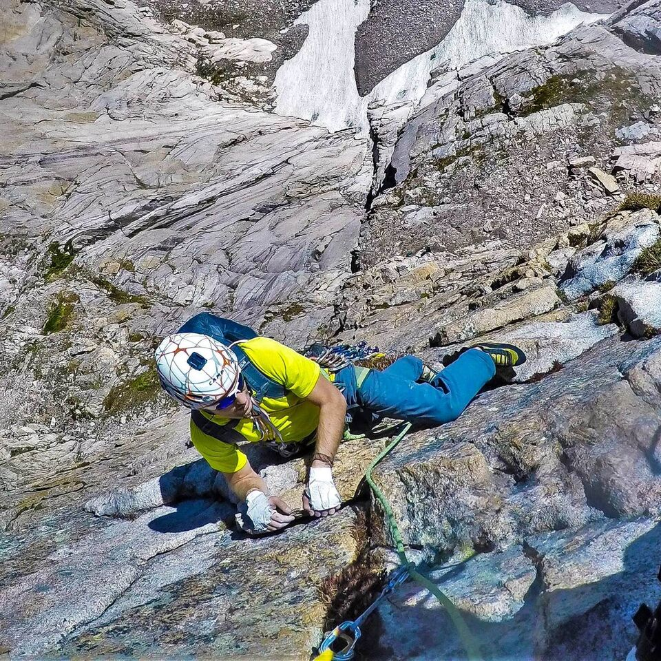 Adam Reke follows the traverse pitch of the Casual Route. [Photo] Jackie Niles