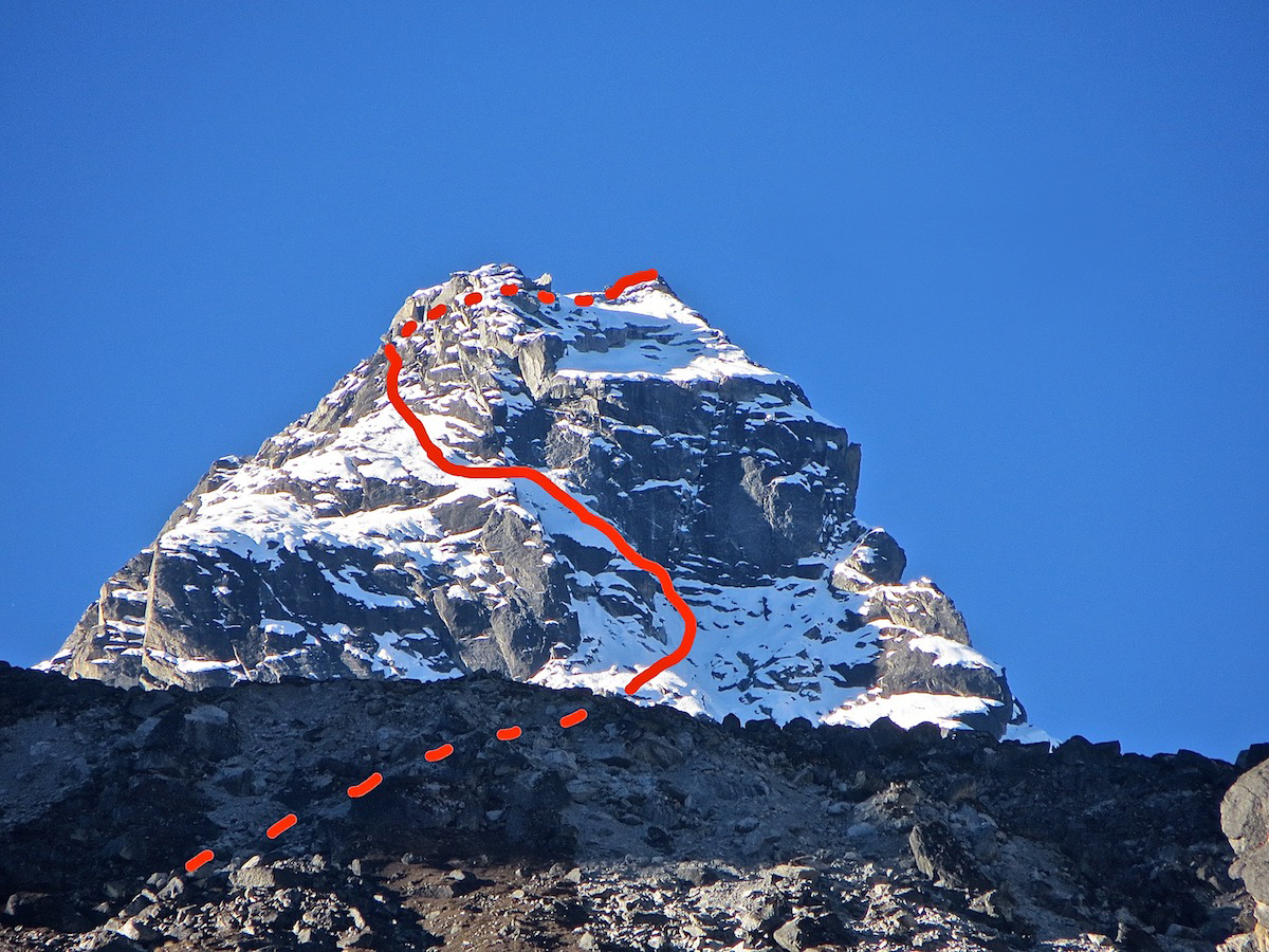 Nik Mirhashemi and Mark Pugliese climbed a route they called Wrong Way Bud (5.6 M4, 500m) on Norbu Peak (5634m) on October 23. [Photo] Nik Mirhashemi
