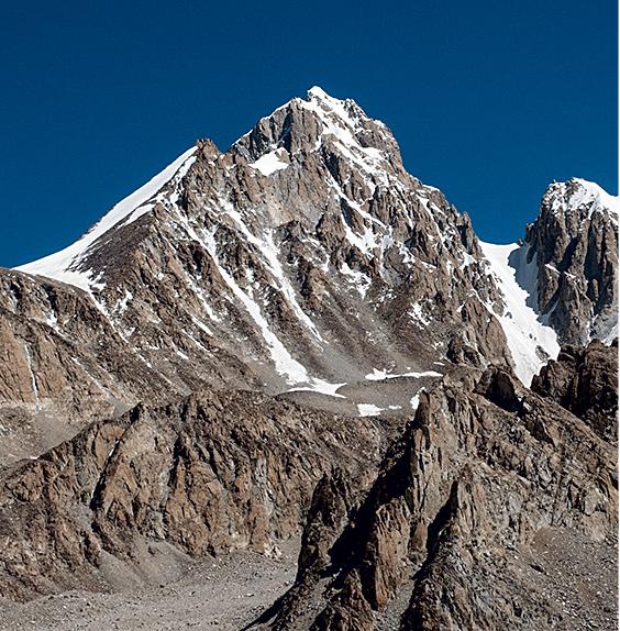 Koh-e-Pamir (6320m). Thomas Lund