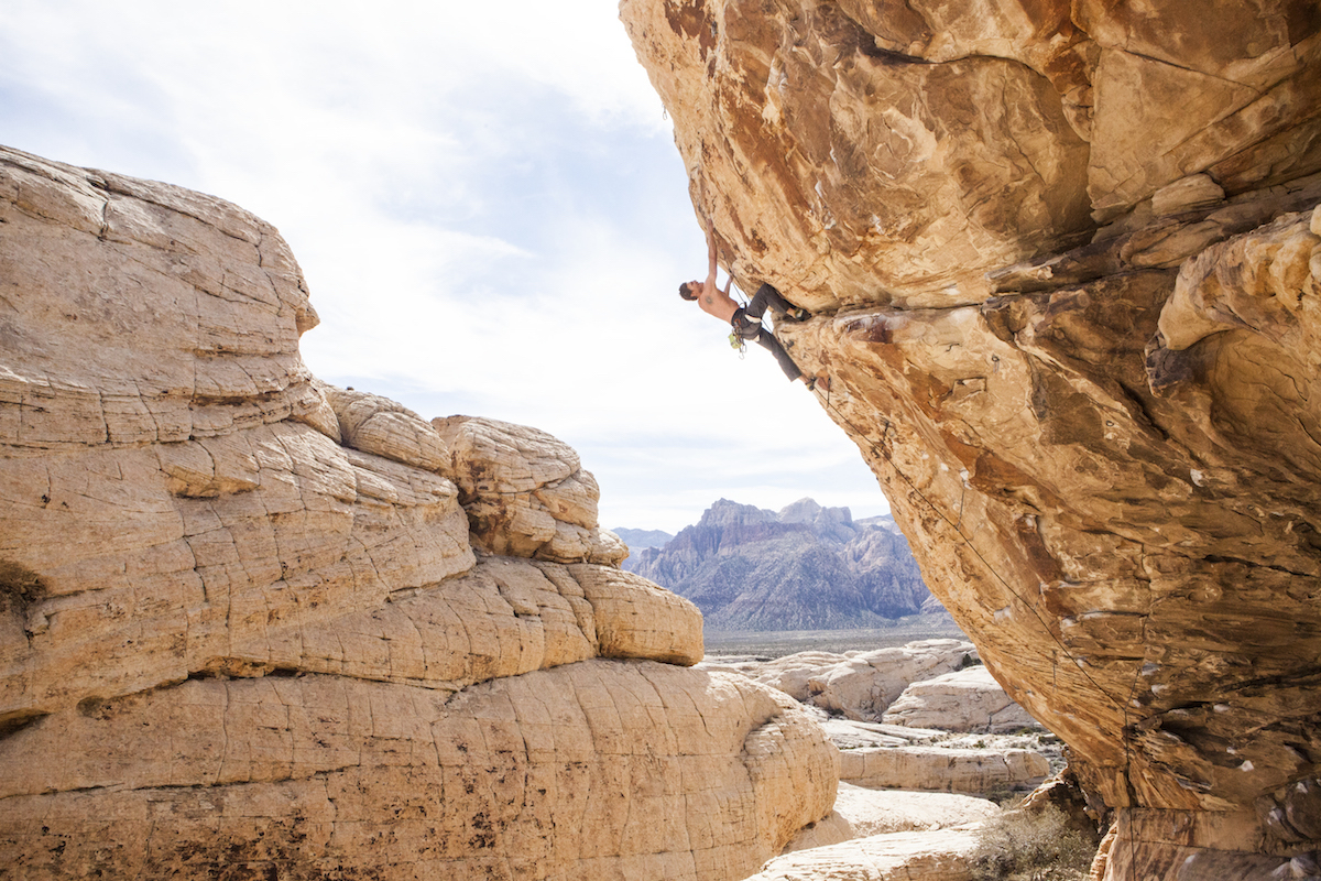 Derek Franz wears the Black Diamond Vision Harness on Keep Your Powder Dry (5.12b), the Trophy, Red Rocks, Las Vegas. [Photo] Elizabeth Riley
