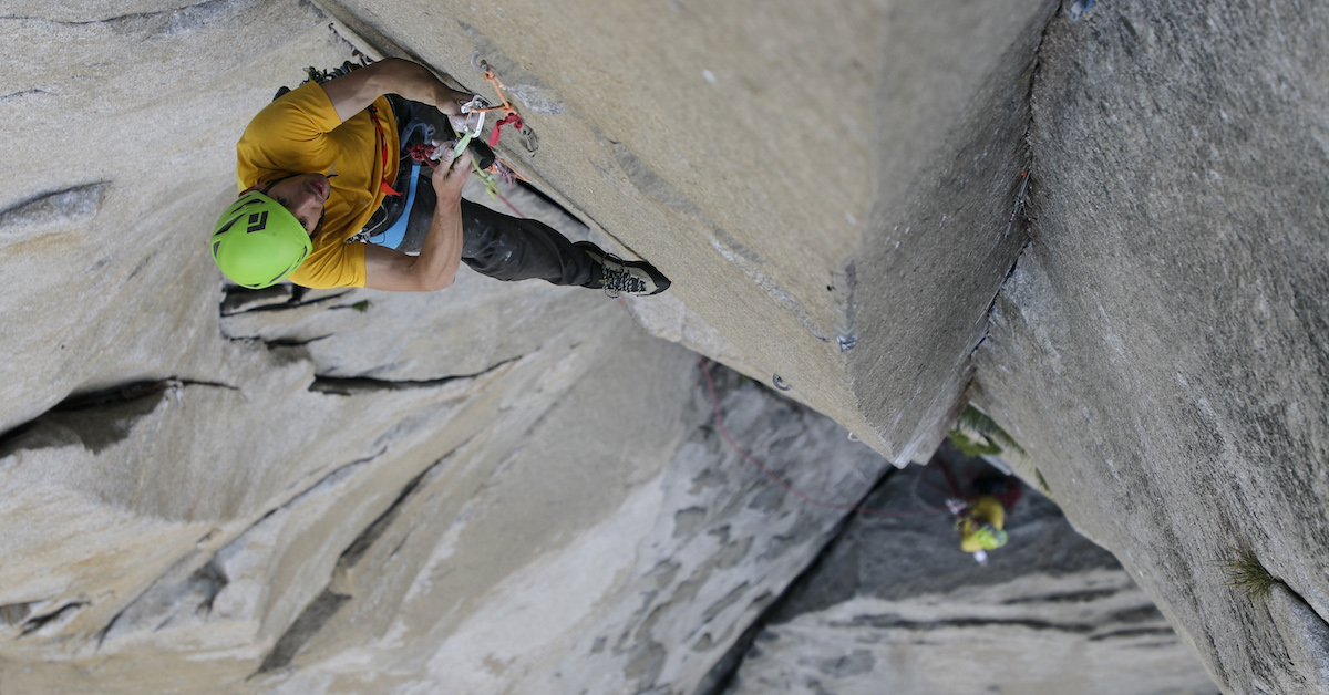 Honnold leads the Changing Corners pitch of the Nose while Caldwell belays. [Photo] REEL ROCK Film Tour, Sam Crossley