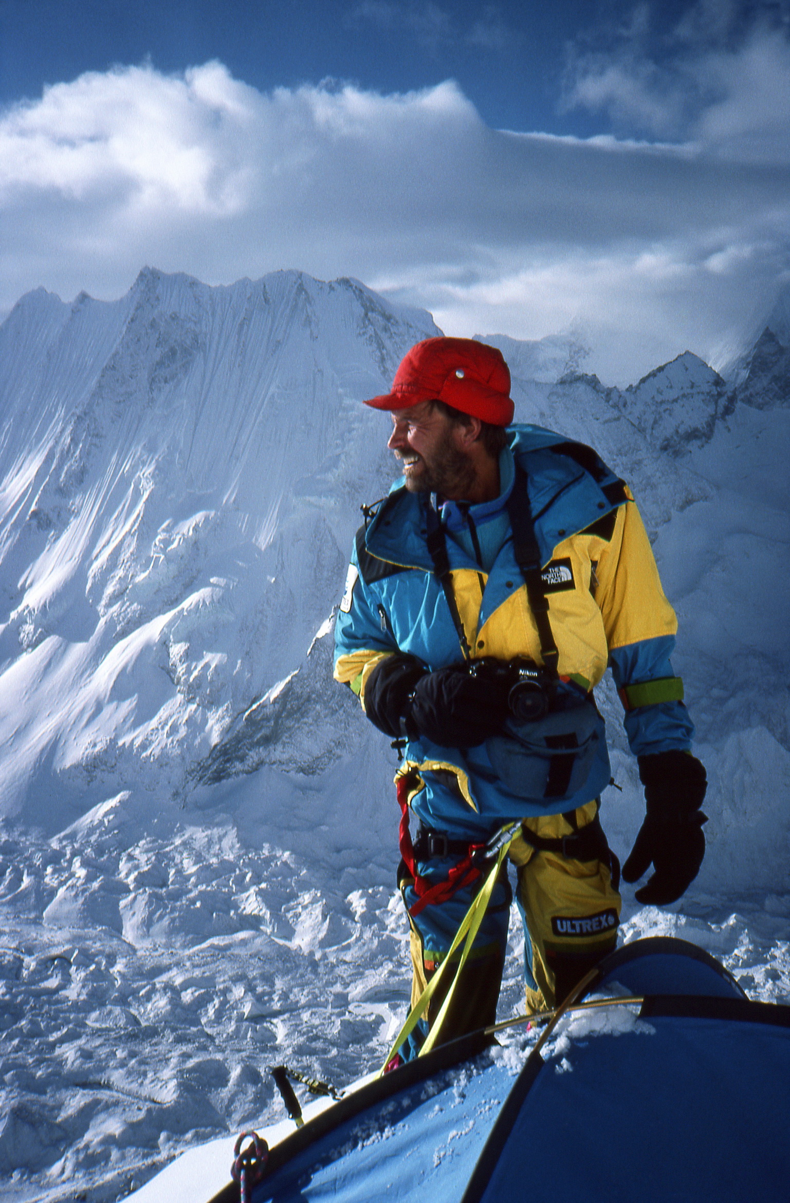 John Roskelley at Camp 3 on Menlungtse (7181m), Tibet, in 1990. [Photo] John Roskelley collection
