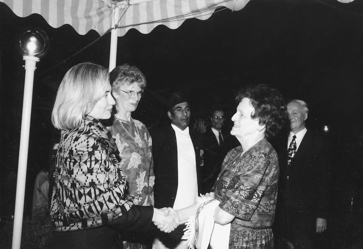 Hawley greeting U.S. First Lady Hillary Clinton at a U.S. Embassy reception, 1995. [Photo] Courtesy of the Michael and Meg Leonard collection