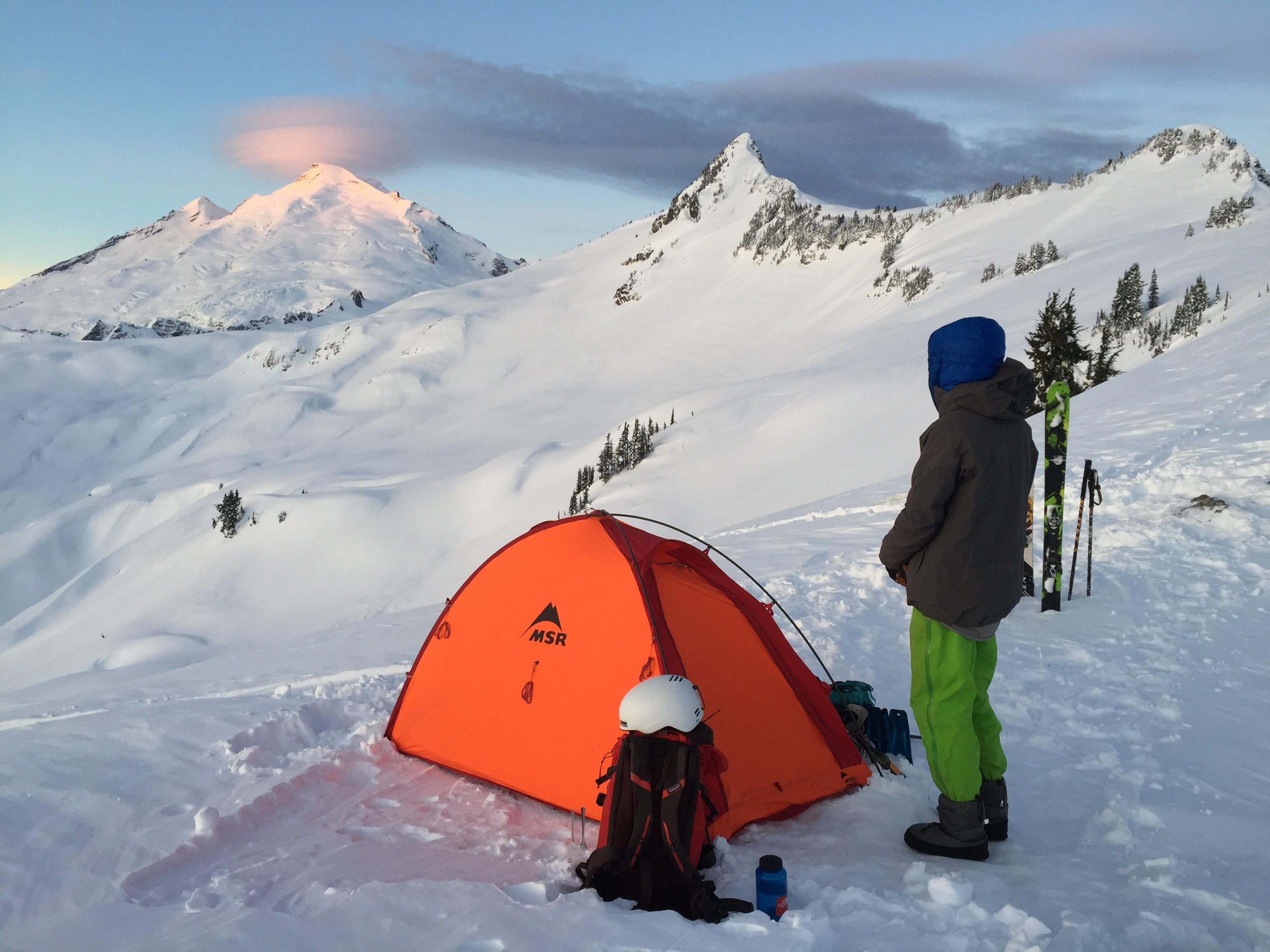 Viewing the sunrise on Mt. Baker with the MSR Advance Pro 2 Ultralight tent. [Photo] Mallorie Estenson