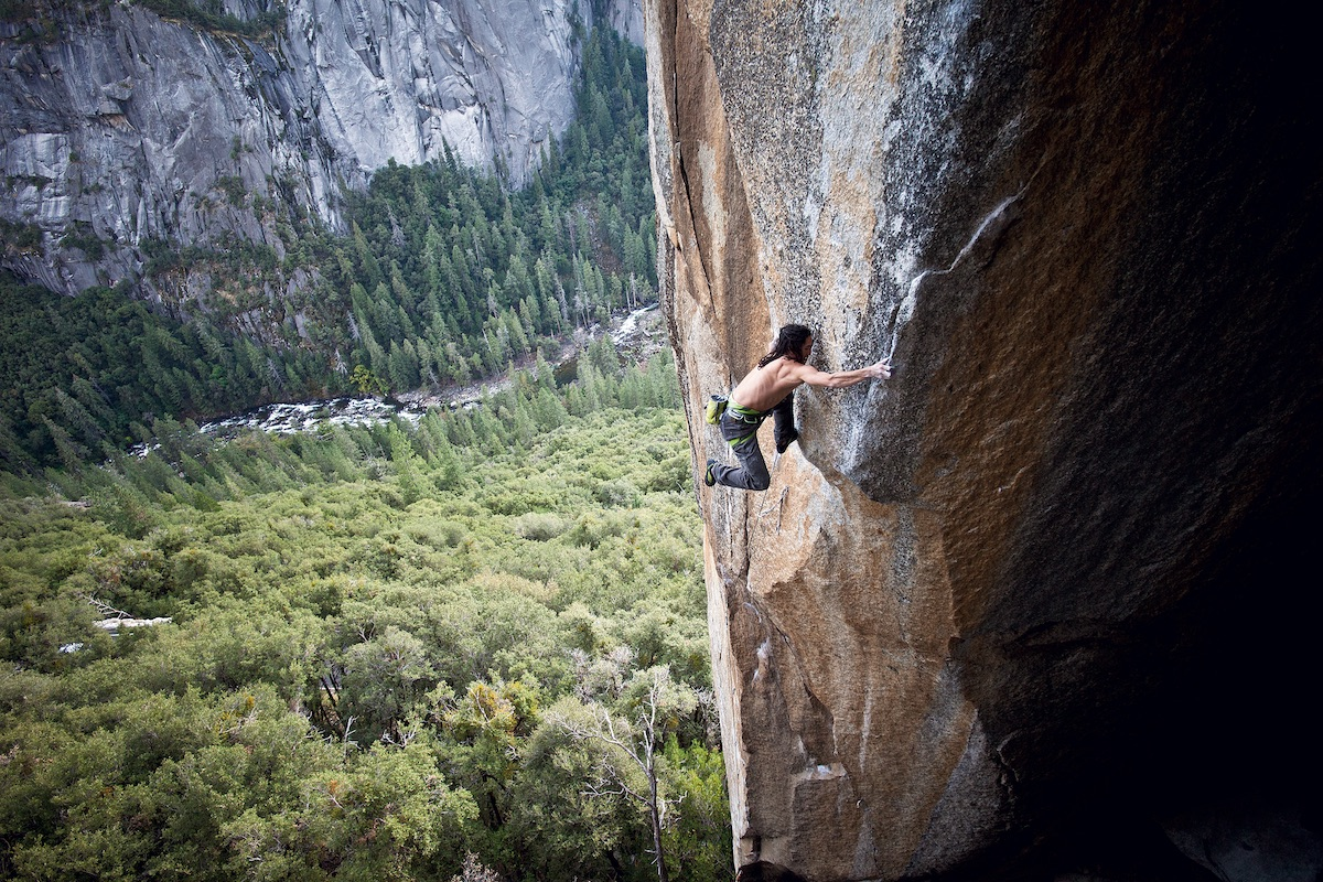 Lonnie Kauk on Crossroads (5.13d), a route Ron Kauk put up in 1994. [Photo] Christian Pondella