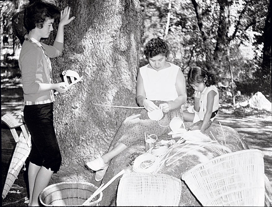 Julia Parker (center) with daughter Lucy (right). [Photo] Yosemite Historic Photo Collection