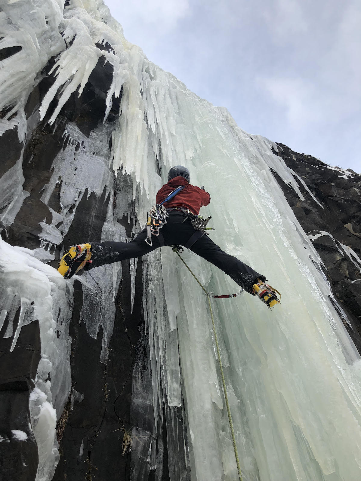 Preston leading The Good Looking One (WI5) in Hyalite Canyon with the Black Diamond Reactor tools. [Photo] Matt Angelo