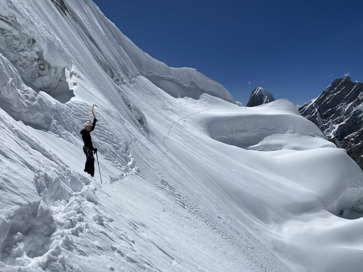Priti Wright on the west face of K6 West. [Photo] Priti and Jeff Wright collection