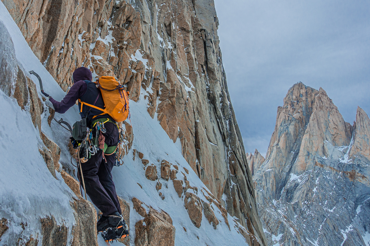 Tad McCrea storms the ice cream factory with the new Petzl Quark ice tools on Super Domo (WI5 M5/6, 500m), Cerro Domo Blanco, Patagonia. [Photo] Jon Griffin
