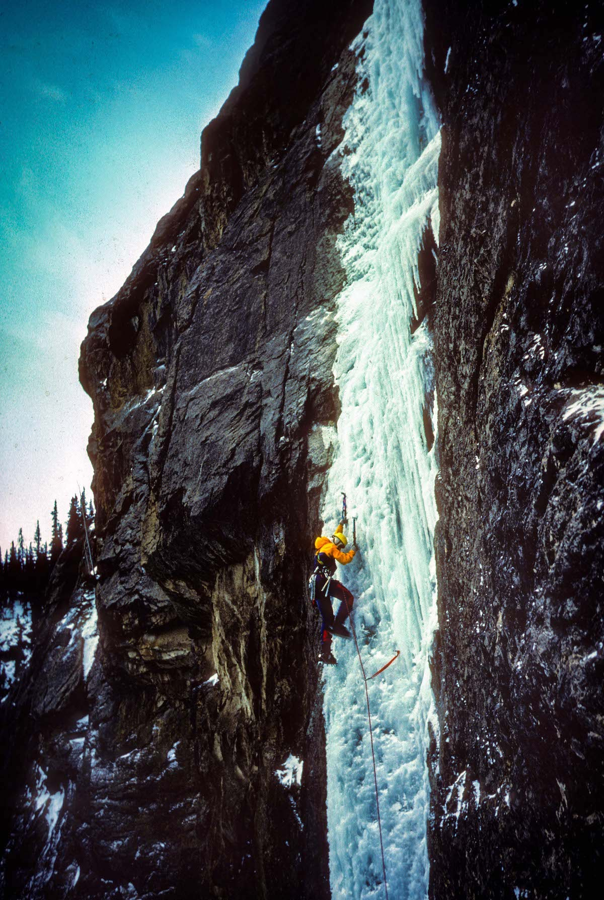 Sharon Wood leads the first pitch of Bourgeau Right-Hand in the Canadian Rockies in l985. [Photo] Pat Morrow, courtesy of Mountaineers Books