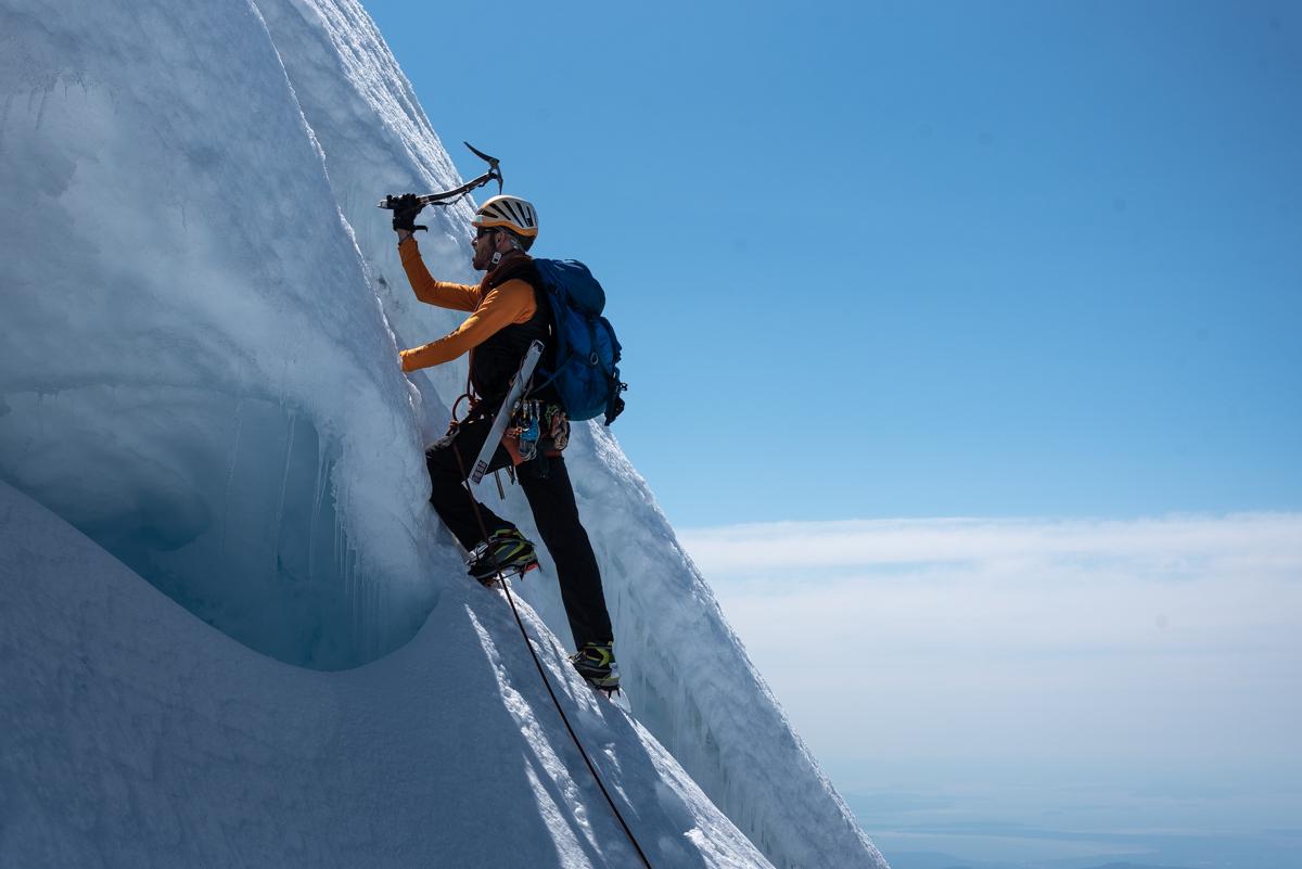 Briggs on the upper North Ridge. [Photo] Matthew Tangeman