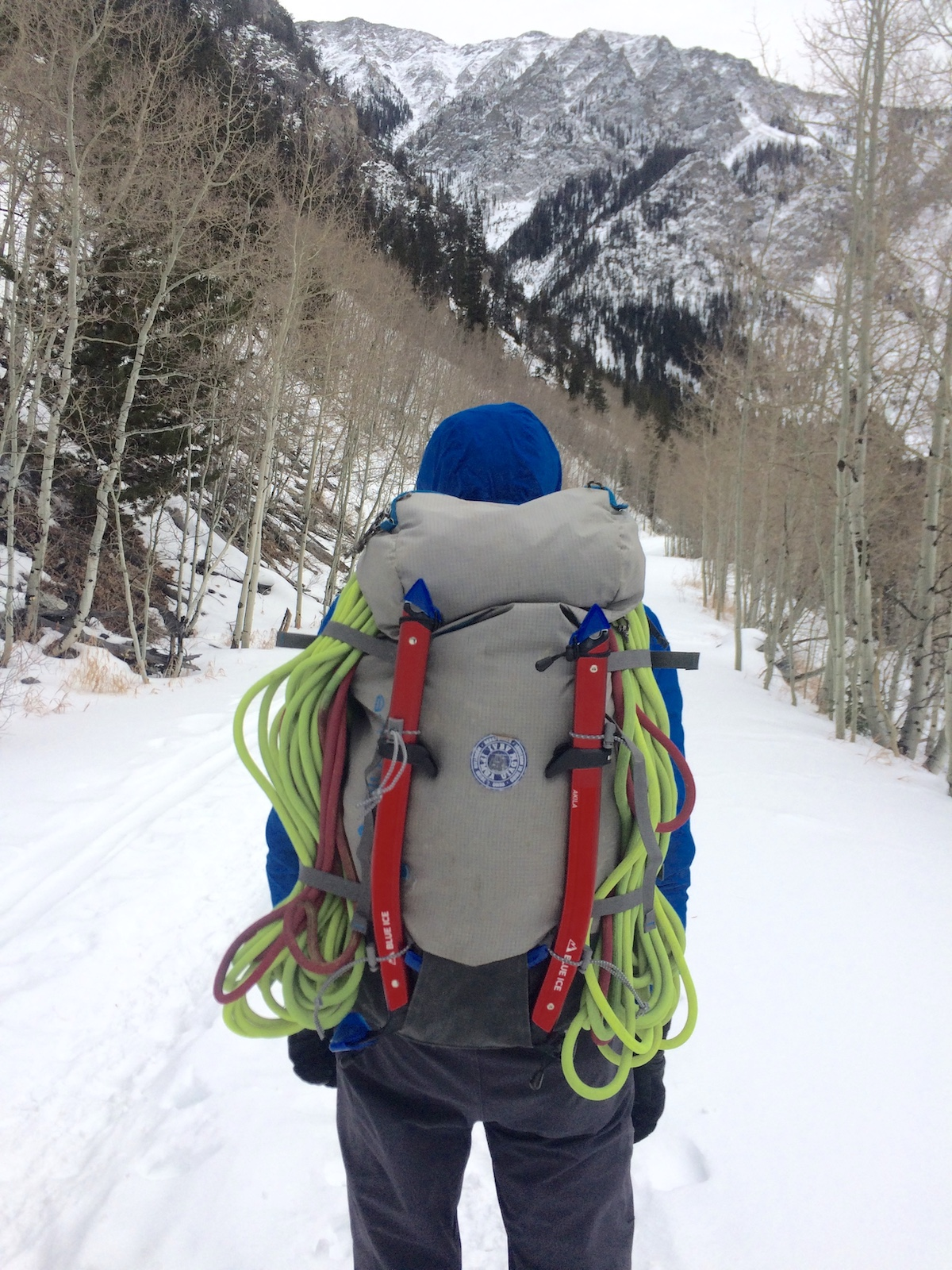 Mike Lewis carries the Blue Ice Akila ice axes into the Colorado Backcountry for a day of alpine ice climbing. [Photo] Yaroslav Lototskyy