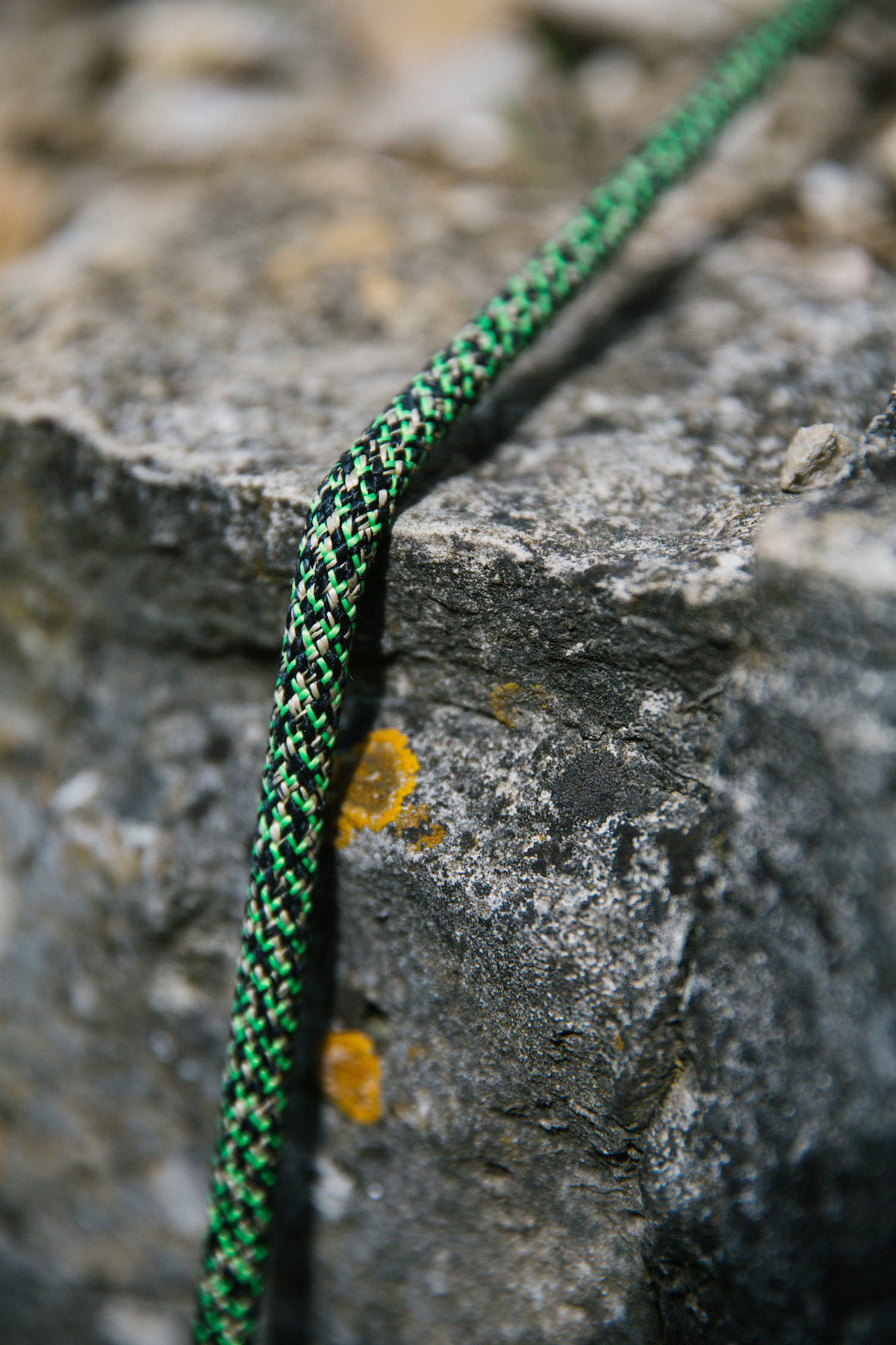 "We all dread falling with the rope loaded over an edge. Edelrid's ""Monster"" tries to reproduce this type of abrasion/cutting on ropes. [Photo] Courtesy of Edelrid"